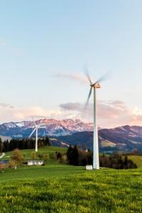 wind-turbine-2218458_1920